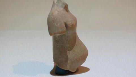 Figuras de mujeres embarazadas o dando a luz, encontradas en El Higo, Veracruz