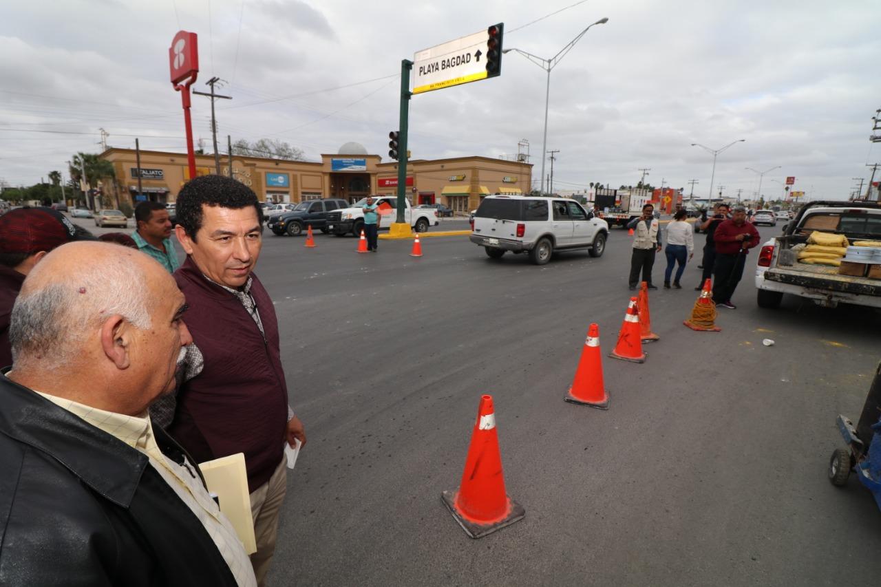 Instruye Mario López trabajar en proyecto para instalación de puentes peatonales