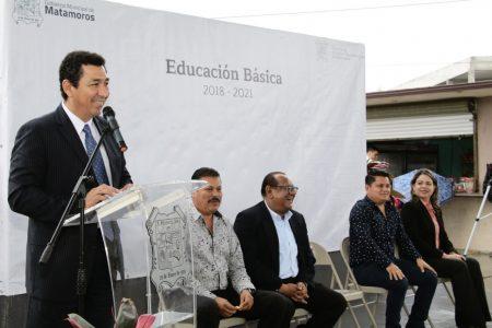 Con obras en 100 escuelas, gobierno de Matamoros pagará inscripción de 20 mil alumnos: Mario López