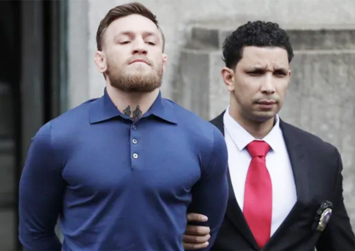 Detienen a Conor McGregor por agredir a un fan