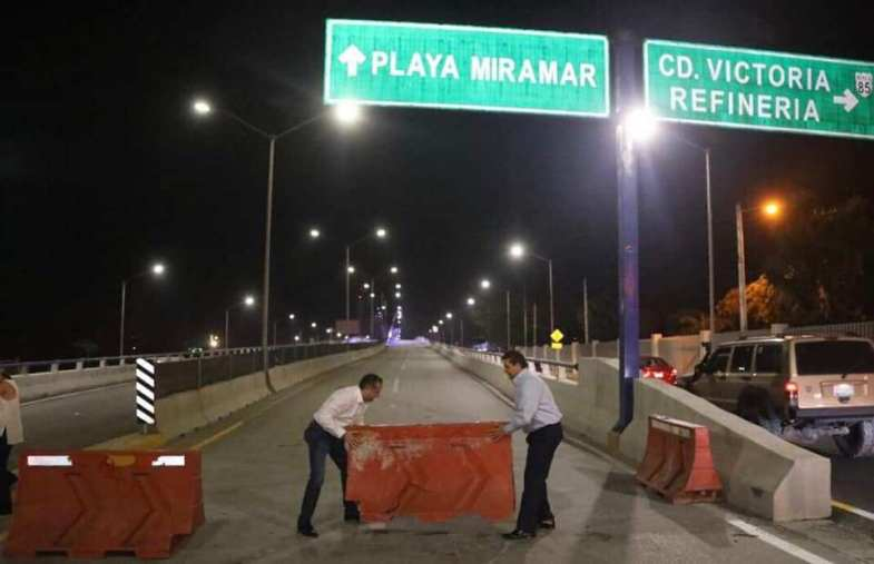 Abren a la circulación el puente a la Playa de Miramar