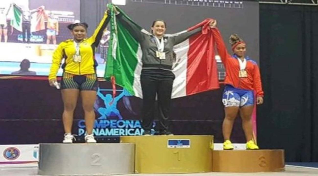 Mexicana conquista oros en Levantamiento de pesas