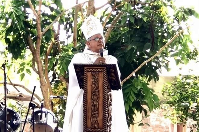 Pagan Ediles derecho de piso: Obispo Ramón Castro Castro
