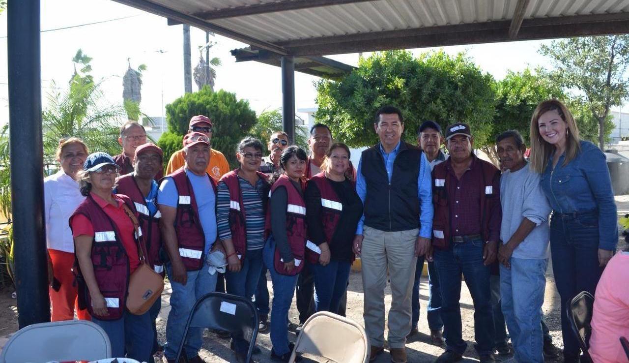 Reconoce alcalde Mario López trabajo y esfuerzo de empleados de Espacios Públicos por un mejor Matamoros