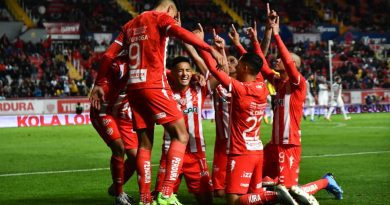 Necaxa rescata empate ante Rayados en el último minuto