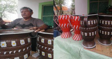 Maestro innova neumáticos reciclándolos en maceteros para jardinería