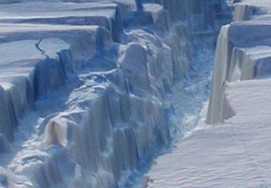 Iceberg del tamaño de Londres se desprende de la Antártida