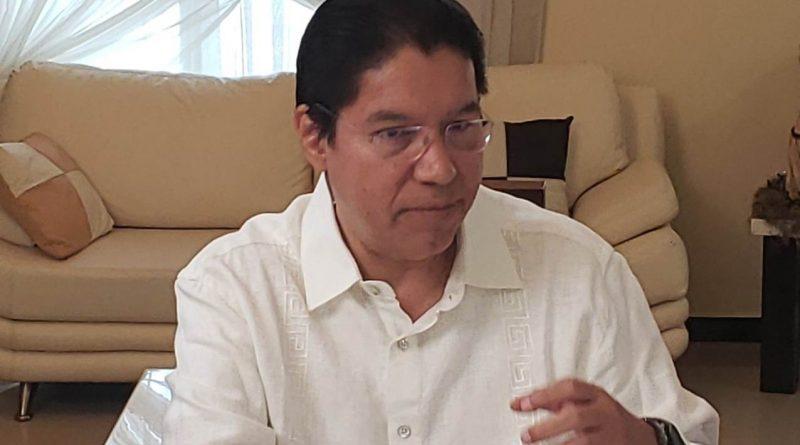 González Valderrama a gobernar por Morena
