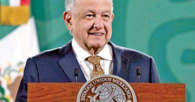 Andrés Manuel López Obrador pedirá usar crédito para pagar deuda